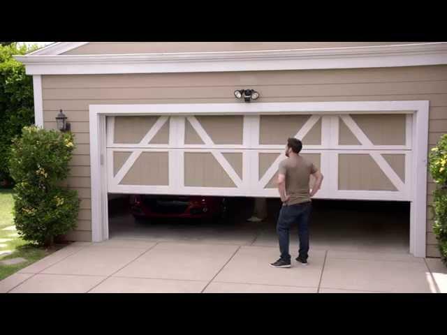 Garage - 14 Dudes