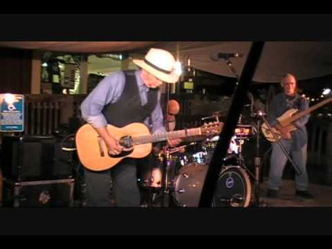 Roy Rogers Shake Your Money Maker(short clip) Live @ Navarro