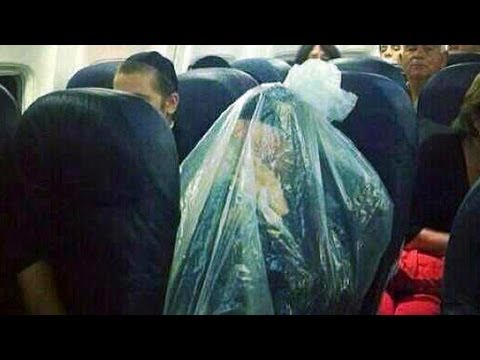 Orthodox Jew Plastic Bag Photo Going Viral