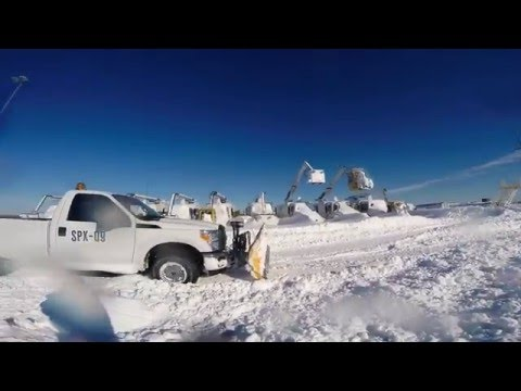 WASHINGTON DULLES AIRPORT SNOWSTORM 2016