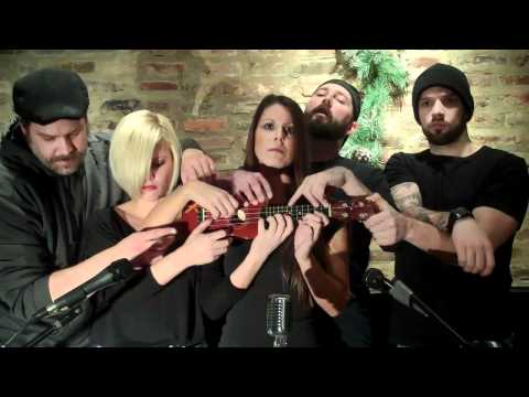 5 people covering Somebody that I used to know on one Uke, walk off the earth...Trace...'TIL 4AM! Music Videos