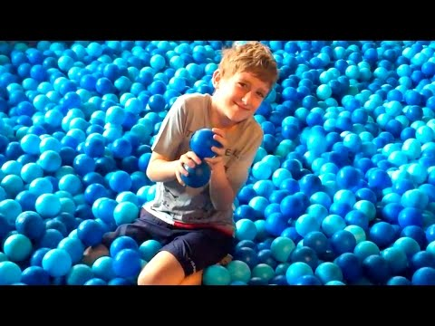 Crazy Plastic Balls Pool Playground Fun Balls Swimming Pool Ball Pit Deep Blue Sea