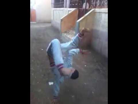 طفل مصري يرقص نيجر thumbnail