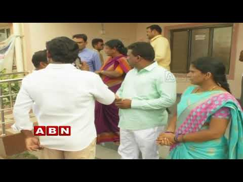 No-Confidence motion against municipal chairman | Heats up Politics in Mancherial | Inside