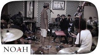 download lagu Noah X D'masiv - Kukatakan Dengan Indah Salam Ramadhan gratis