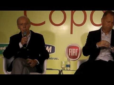 Zagallo fala sobre Ronaldinho Gaúcho