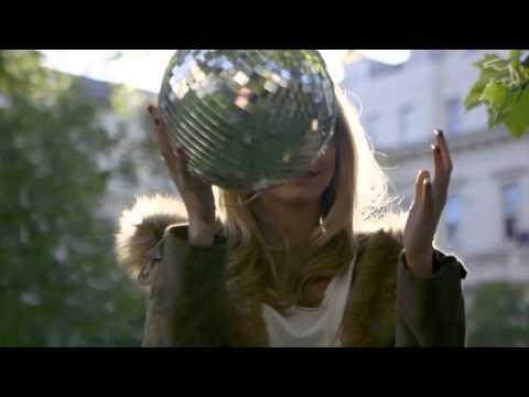Model Disco: Cara Delevingne for Topshop