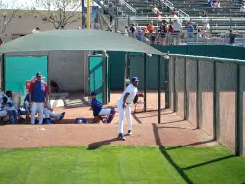 2009 Chicago Cubs Spring Training - Carlos Marmol Video