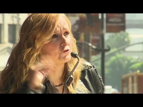 Melissa Etheridge: Angelina Jolie choice not brave