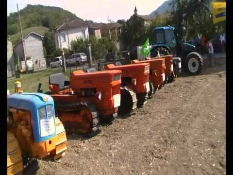 trattori cingolati in mostra ed in vendita mp4 youtube
