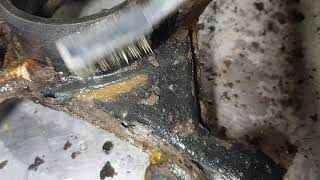 W124 Hub rust removal using electrolysis