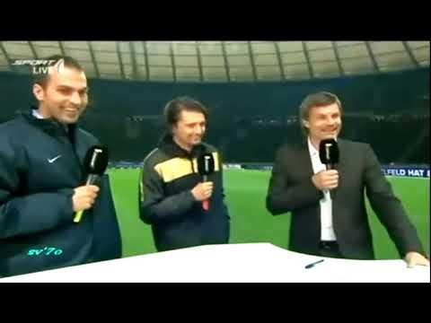 Jugador Manosea A Arbitro Mujer