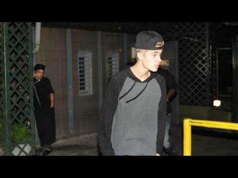 Justin Bieber Heading To Rehab? Friends & Family Are Deeply Concerned