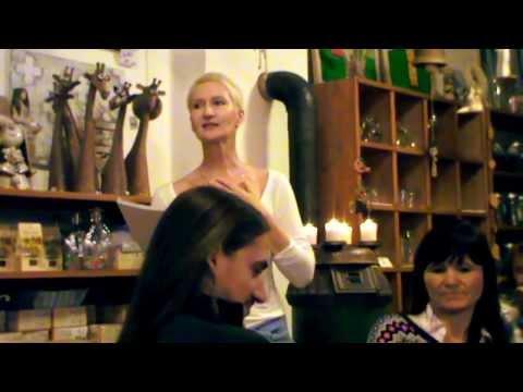 """Video Kočka """"ze šuplíku"""" Sylvy Lauerové aneb co se tehdy dělo na ulici Hybešova v Brně??"""