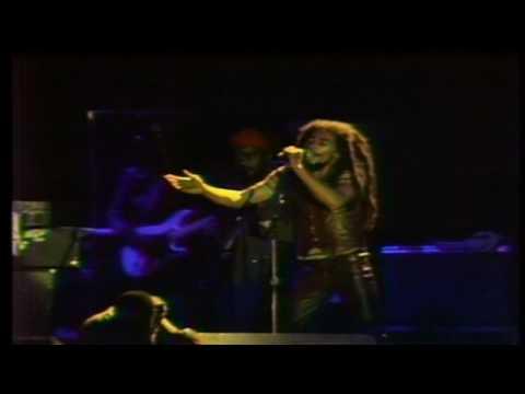 ♫ ♕ Bob Marley ♕ The Wailers Zimbabwe April 17th 1980 HD ♫