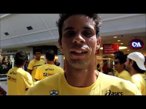 Equipe brasileira da Copa Davis envia recado no aniversário de Guga
