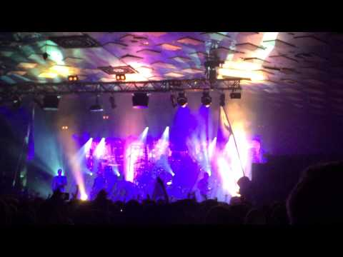 Parkway Drive - Idols and anchors live at glasgow barrowland 14th december 2014 uk tour