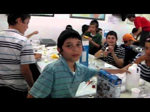 Gan Yisroel Montreal 5772 - A day in camp