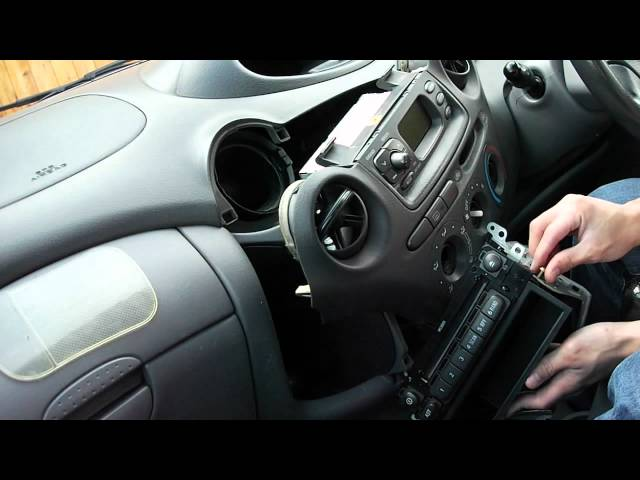 How To Remove Toyota Yaris Head Unit CD Player - YouTube
