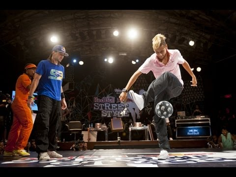 Neymar getting beat by Football Freestyler Sean Garnier