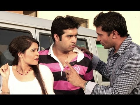 Rahul & Priya Deceive The Underworld Don - Ab Hoga Dharna Unlimited