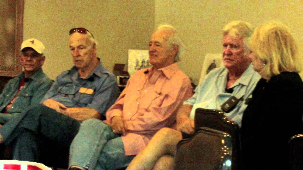 Darrow >> 2011 High Chaparral Reunion, Henry Darrow talks about Cameron Mitchell - YouTube