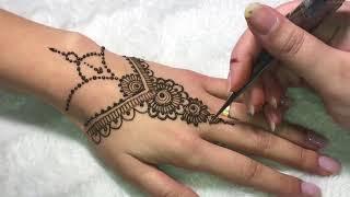 03. Comment réaliser un modèle simple  au henné naturel