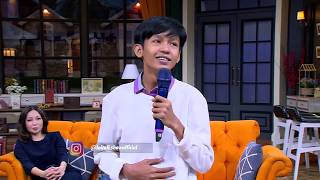 Stand Up Comedy Aji Pratama