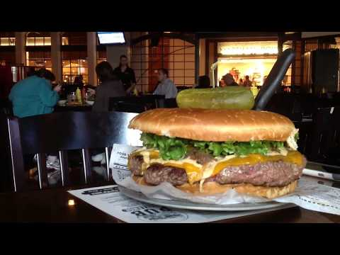 8 lb. Burger Challenge: Miki Sudo Sets New Record at The Pub, Monte Carlo Las Vegas