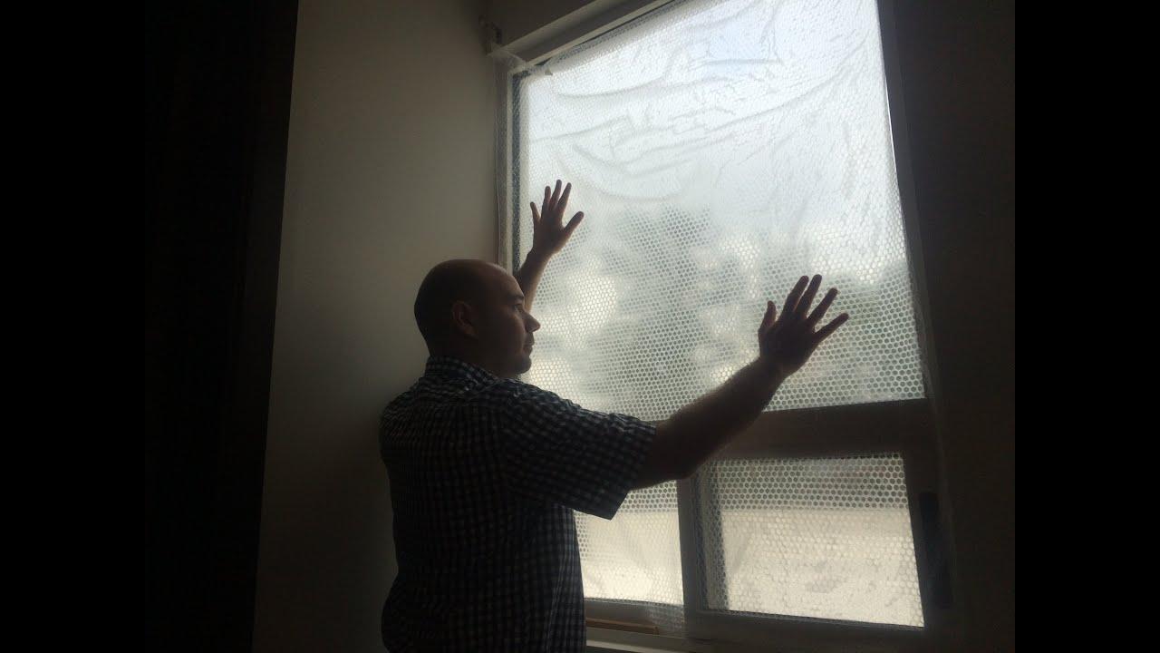 Consejo econ mico de como aislar las ventanas del fr o con for Aislar paredes del frio
