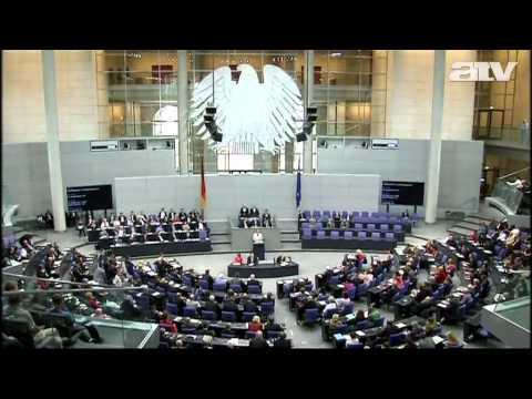 A politikai unió, a föderáció irányába mozdítaná az EU-t Barroso