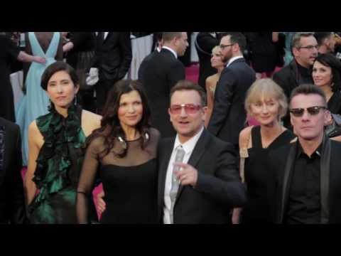 ShortsHD presents: Benedict Cumberbatch Photobombs U2