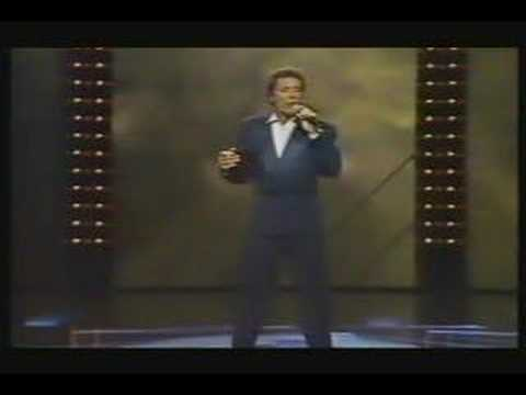 Tom Jones - Born To Be Me