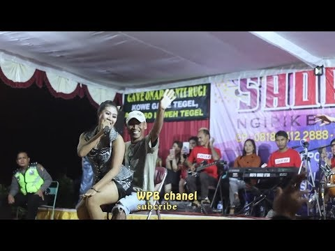 DANGDUT HOT!! NURMA SILVIA GOYANG HOT KOPLO