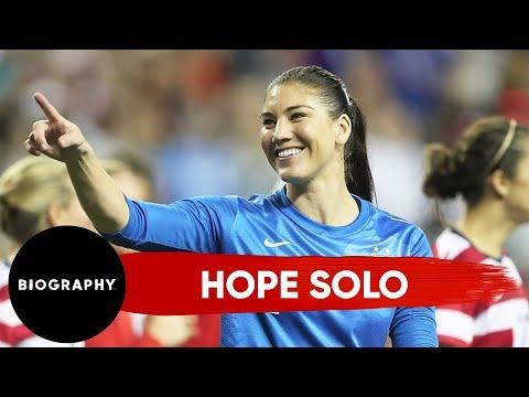Hope Solo - Mini Biography