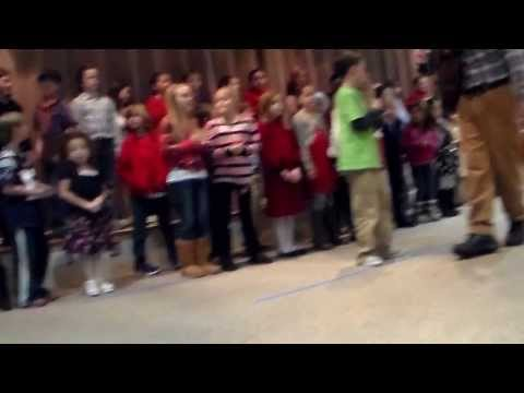 HARWICH ELEMENTARY SCHOOL 3rd grade concert part 2