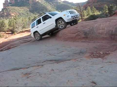 Jeep Patriot Extreme Rock Crawling
