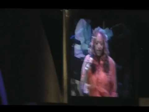 Cassandra Wilson - Blue motel room (Hollywood Bowl - Joni Mitchell's tribute)