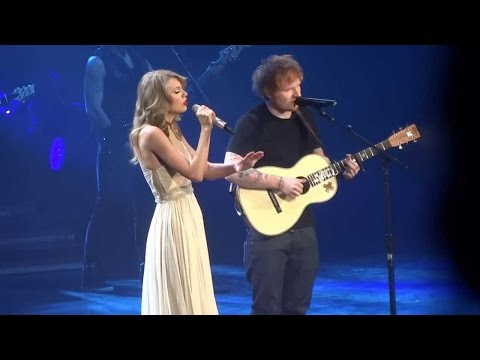 Taylor Swift Ft. Ed Sheeran - I See Fire (DVD The RED Tour) Bônus