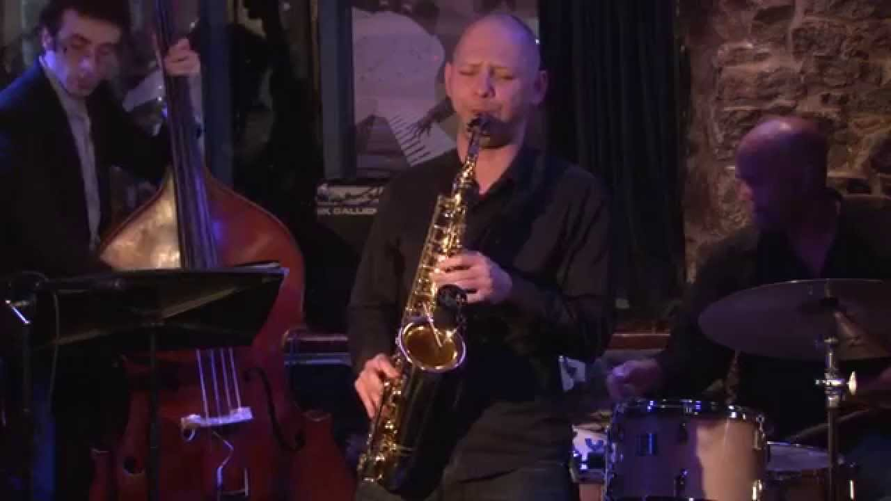 Tevet Sela Quartet featuring John Roney (Montreal)