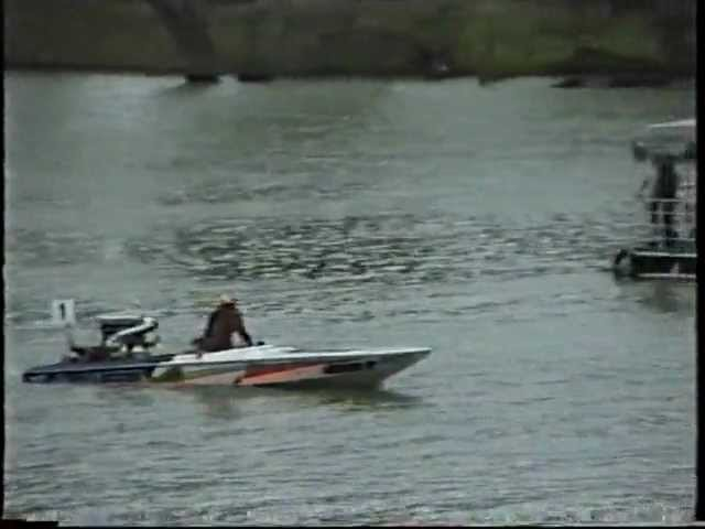 God's Gift & Mr Walker Mildura Water Ski Race 1995 & Wade Bennett's fall in the Ski Drags