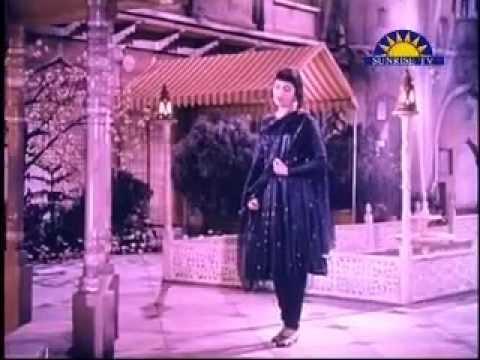 Yaad Mein Teri Jaan Jaag Ke Hum - Mere Mehboob