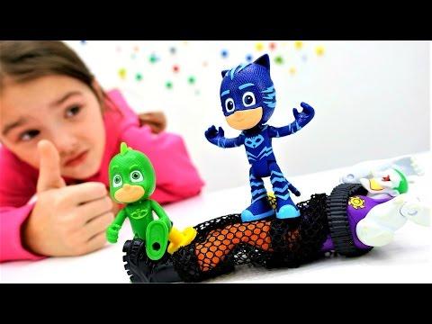 Видео с игрушками. Герои в масках: #Гекко и #Кэтбой против Джокера. #Бэтмен в опасности
