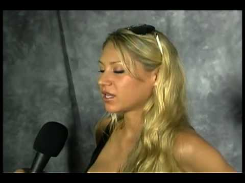 Harry Cicma interviews Anna Kournikova
