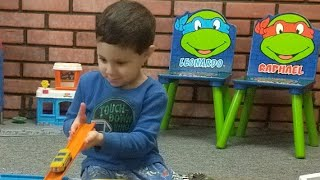 Wali Pretend Play with Disney #Cars and Hot Wheels Cars Video for Kids