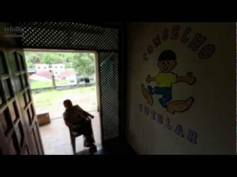 Meninas indígenas trocam virgindade por doce no AM
