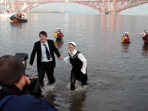 Loony Dook 2009 - wyjscie z wody