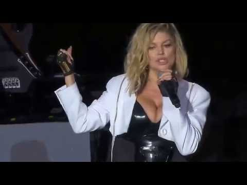 Fergie  Gorgeous Ass Cheeks thumbnail