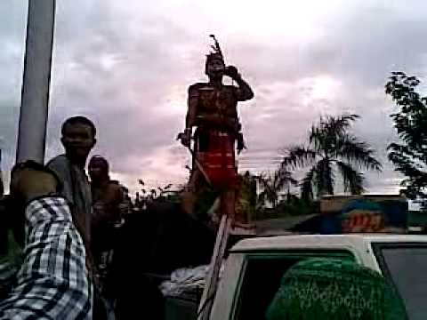 Dayak Vs Ogi.mp4 video
