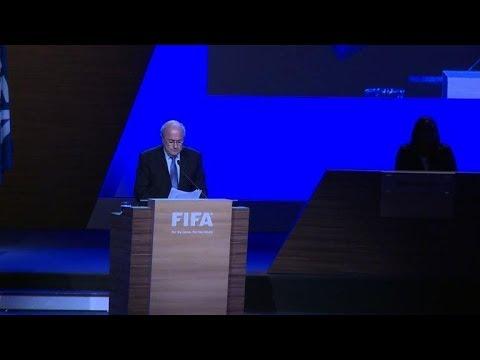 Fifa: Blatter reconnaît que le foot est un